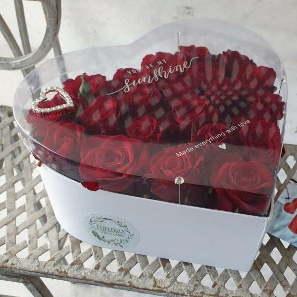 """Flower box """"serce"""" (15-17 róż ciętych) – FB 2"""