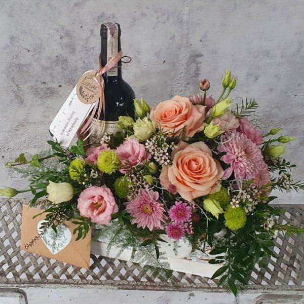 Skrzynka kwiatowa z winem – KA 2